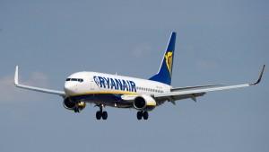 Ryanair soll Anteile an Aer Lingus verkaufen