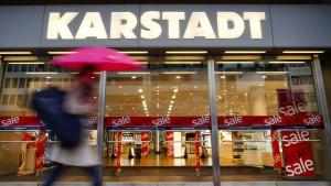 Verdi fordert Klarheit über die Zukunft von Karstadt