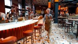So sieht es im ersten Starbucks in Italien aus