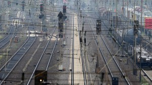 Das Leid der Bahnhofsläden