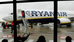 Ryanair bietet für Problemfluglinie Alitalia