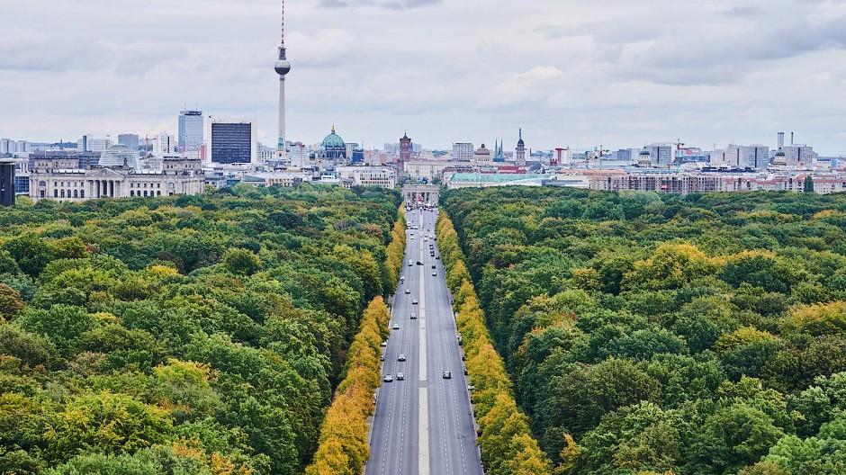 Blick auf Berlin vom Tiergarten aus