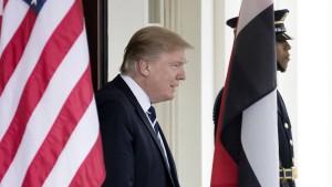 Trump versucht, seine Gesundheitsreform zu retten