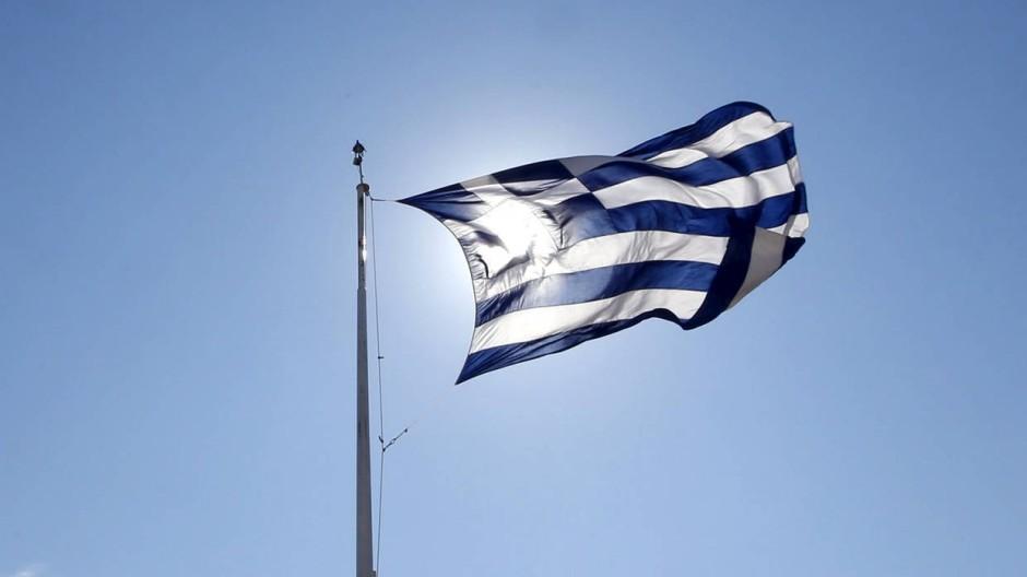 Nur 5 Prozent der Hilfen aus den ersten beiden Griechenland-Paketen standen dem griechischen Staatshaushalt zur Verfügung, sagt der Ökonom Jörg Rocholl.