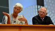 Sind sich in Griechenland nicht einig: IWF-Chefin Lagarde und Wolfgang Schäuble