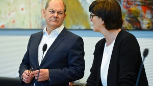 """Scholz verspricht """"immer genügend Liquidität"""" für Wirtschaft"""
