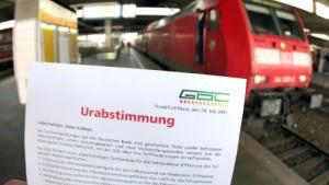 Bahn will Urabstimmung der Lokführer gerichtlich verhindern