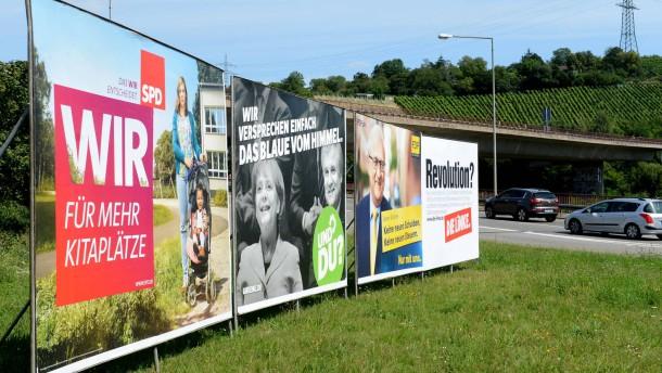 Wahlplakate in Stuttgart