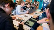 Wie die Cloud Schulen in die IT-Welt bringen soll