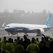 Die 777X nach der Landung