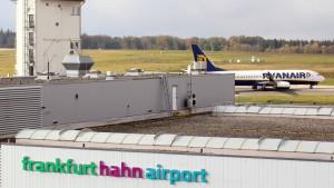 Hessen will Anteile am Airport Hahn verkaufen