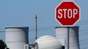 RWE will Schadensersatz für Atomkraft-Aus