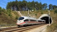 Bahn baut den Fernverkehr aus