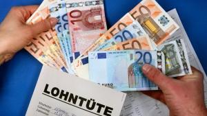 Die Löhne wachsen schneller als die Inflation