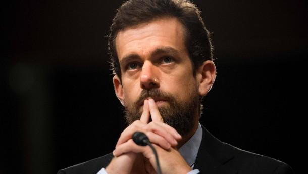 """Twitter-Chef nennt Sperrung von Trumps Konto """"gefährlich"""""""