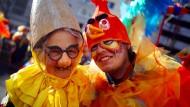 Karneval naht unaufhaltsam. Doch die traditionellen Scherzkekse sind immerhin berechenbar.