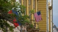 Amerikanische Botschaft in Moskau: Wen treffen die Sanktionen?