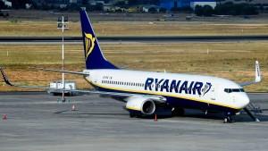 Ryanair sagt Mitarbeitern den Kampf an