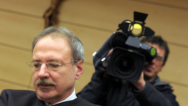 10 Jahre Haft für Millionenbetrüger Kiener