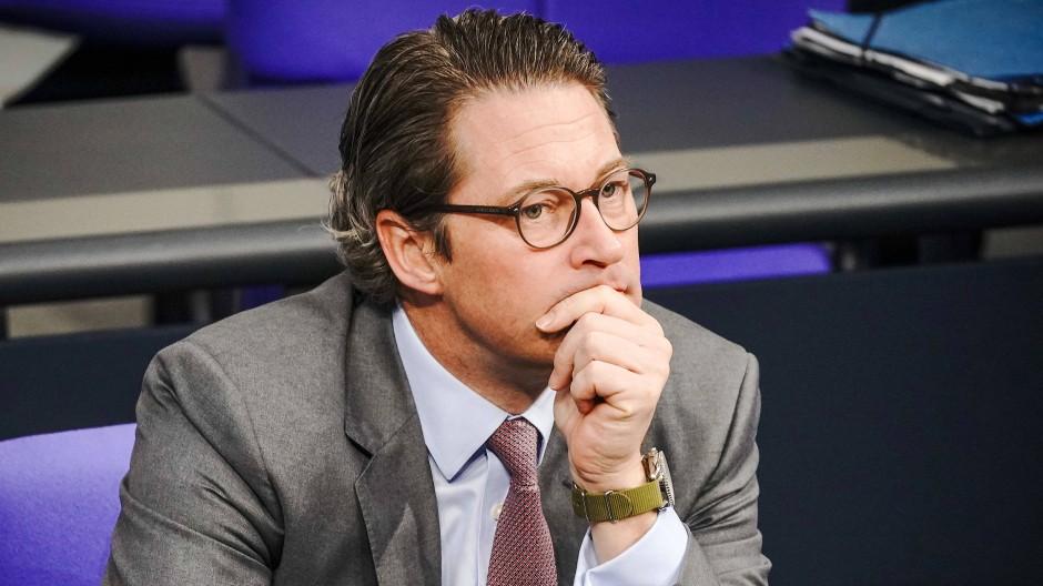 Muss sich wegen der Maut rechtfertigen: Andreas Scheuer (CSU)