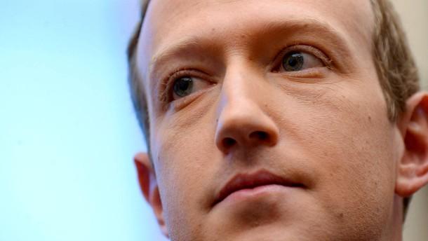 Neue Whatsapp-AGB erlauben das Datenteilen mit Facebook