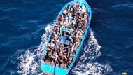 Flüchtlinge zahlen Schleusern 16 Milliarden Euro