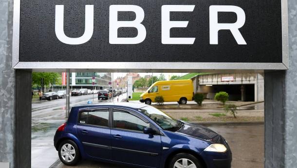 Uber soll per Scheinselbständigkeit 500 Millionen Dollar im Jahr gespart haben