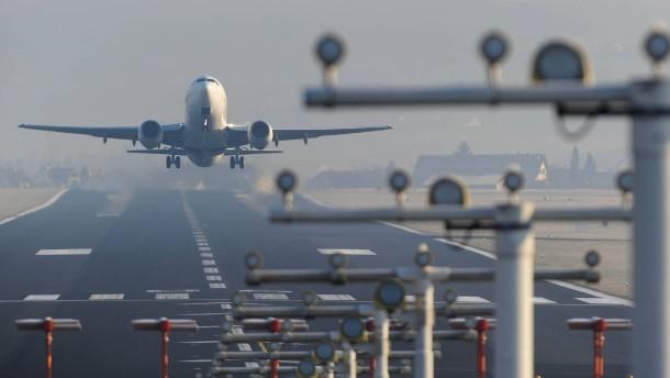 Insolvenz von vlm airlines trifft flughafen friedrichshafen for Depot friedrichshafen