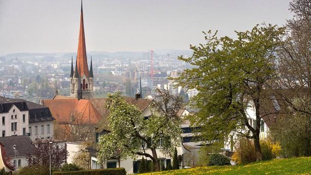 Schweizer können im Kanton Zug jetzt Steuern in Bitcoin zahlen