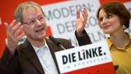 Wer sich mit dem Thema Armut in Deutschland befasst, kommt an Butterwegge nicht vorbei. Auch Linke-Chefin Katja Kipping (rechts) nicht.
