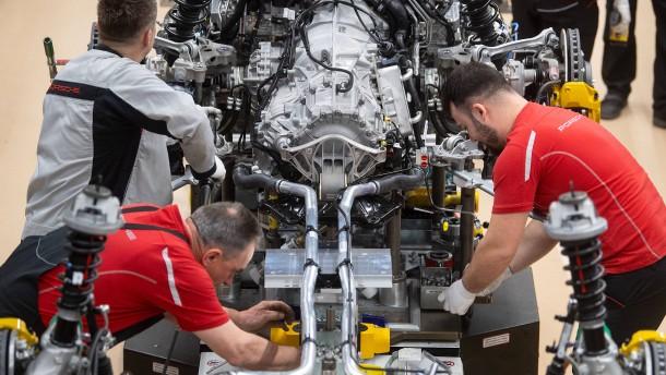 Neun EU-Staaten fordern Enddatum für Verbrennungsmotor