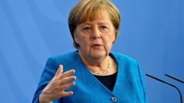"""Merkel warnt Autoindustrie davor, """"verlängerte Werkbank"""" zu werden"""