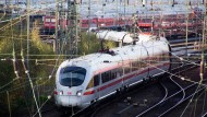 Bahn und EVG verschieben Verhandlungen