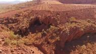 In der Pilbara-Region in Australien: Der Minenkonzern Rio Tinto hat eine den Aborigines heiliges Gräberfeld gesprengt.