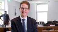 Erster deutscher Leiter der Business School IESE