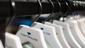 Staatshilfen sichern Modemarke Tom Tailor