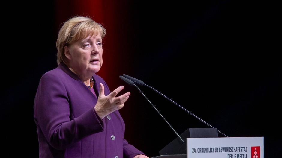 Bundeskanzlerin Angela Merkel (CDU) auf dem Ordentlichen Gewerkschaftstag der IG Metall