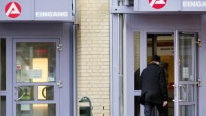 Jobcenter sollen Zählung von Arbeitslosen prüfen