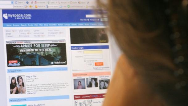 MySpace streicht ein Drittel der Stellen