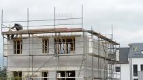 Bausparen ist auch für manche Banken teuer.