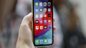 Trump droht Zölle auf iPhones an