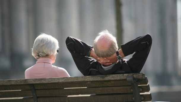 Vertrauen in die gesetzliche Rente hat weiter abgenommen