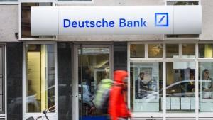 Samstagsarbeit bei der Deutschen Bank bald erlaubt