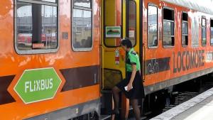 Flixbus startet Angriff auf die Deutsche Bahn