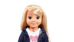 Wenn die Puppe im Kinderzimmer spioniert