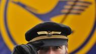 Lufthansa-Piloten drohen schon wieder mit Streik
