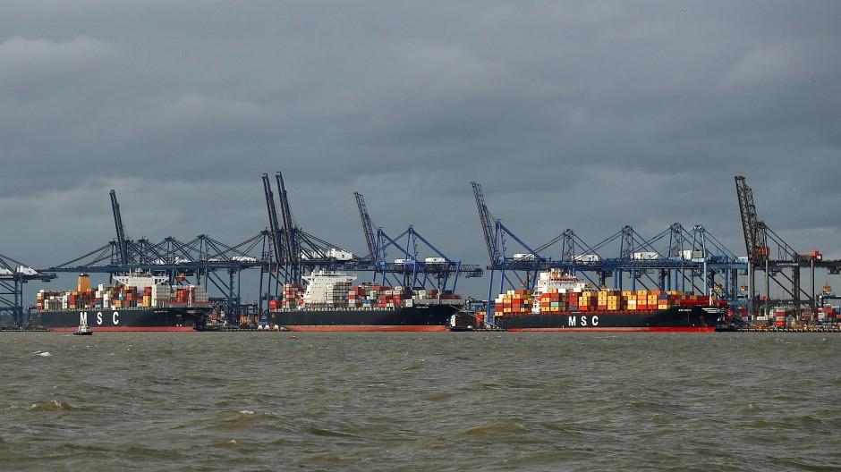 Britanniens größter Containerschiffhafen Felixstowe ist seit Wochen überlastet.