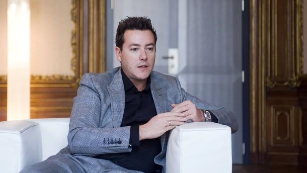 Karstadt-Eigentümer Benko kauft sich in österreichische Zeitungen ein