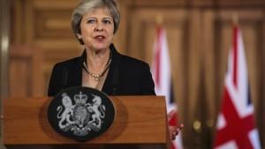 May gibt sich in Brexit-Ansprache hart