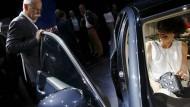 """""""Staatsfeind"""" mit Manieren: Daimler-Chef Dieter Zetsche versucht, in Peking die Tür offenzuhalten."""